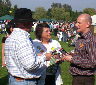 Julian Tisi & Catherine Bearder MEP at the 2008 Sunningdale Carnival