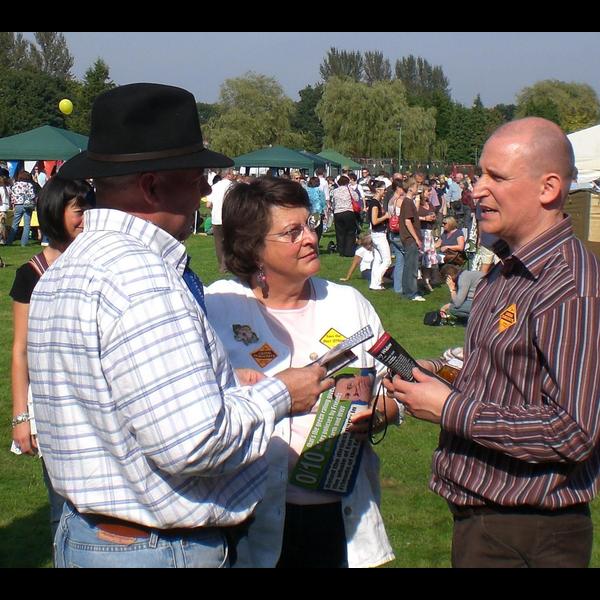 Julian Tisi & Catherine Bearder MEP at the 2008 Sunningdale Carnival